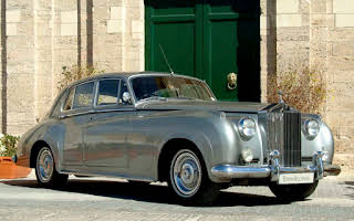 Rolls Royce Silver Cloud - Silver Rent Central Region